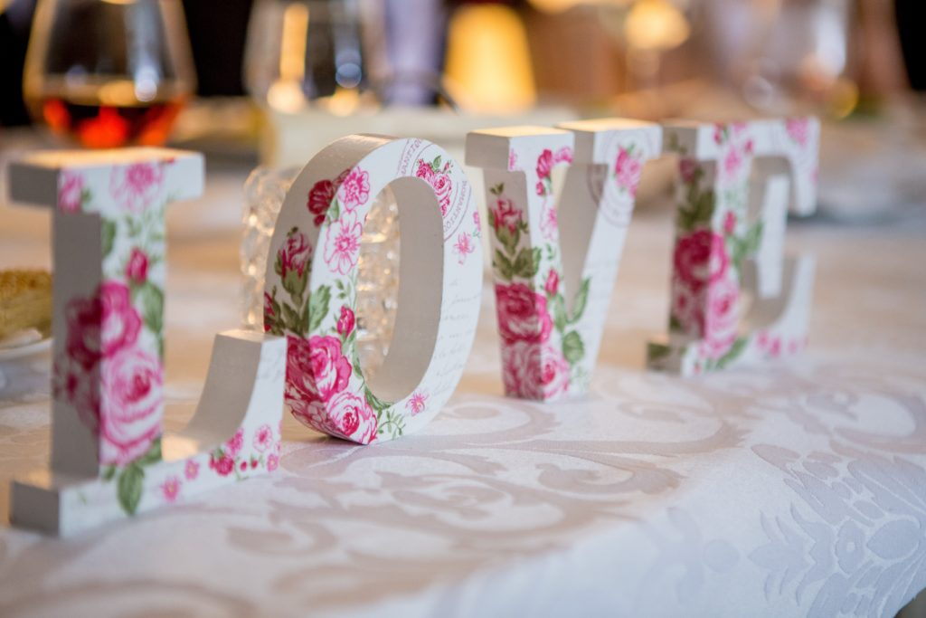 Wedding Themes Great Ideas To Get You Started Love Lust Or Bust